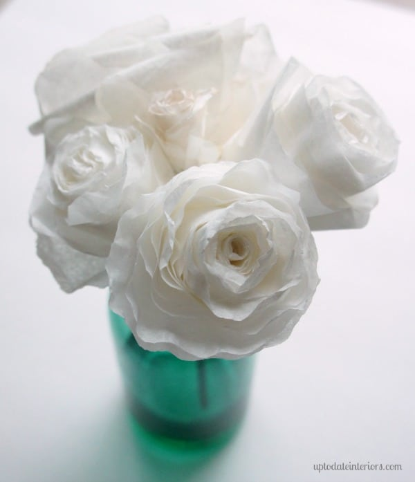 Coffee filter crafts: paper flowers tutorial.