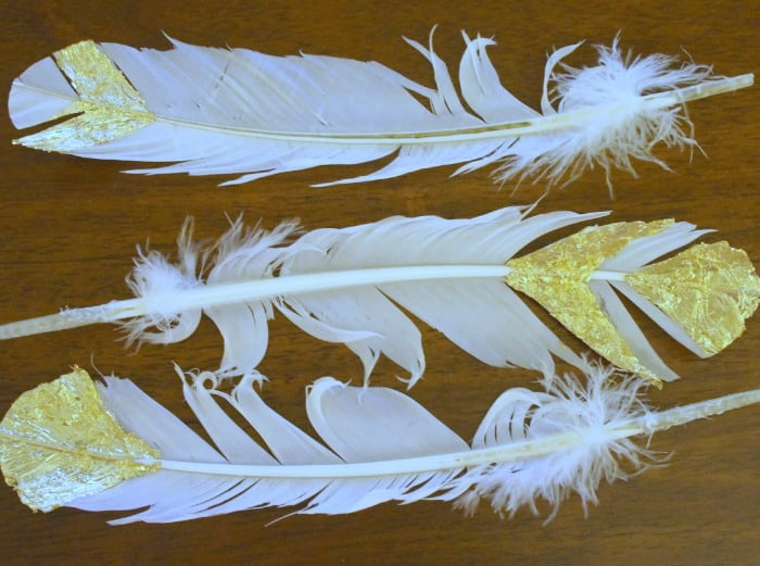 gilded-feathers-table