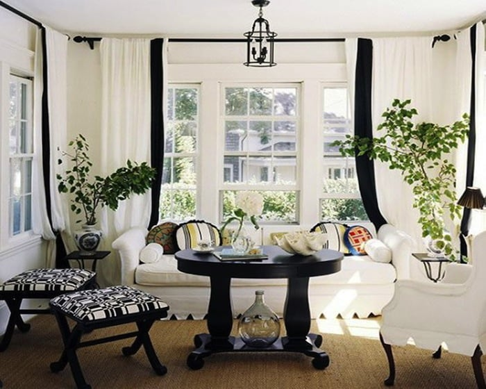 Black-And-White-Traditional-Living-Rooms-image