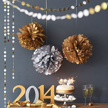 normal_metallic-gold-and-silver-pom-pom-balls