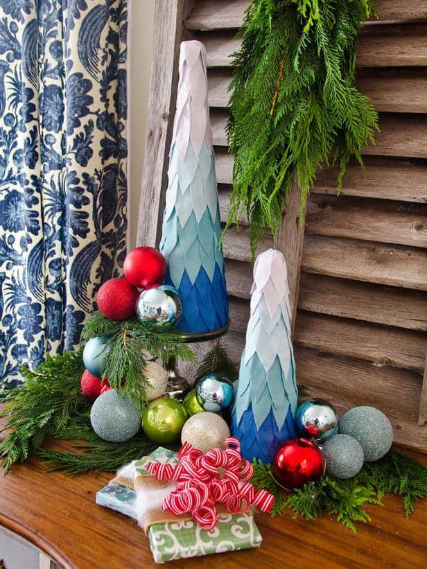 original_Marian-Parsons-Christmas-Felt-Tree-Beauty-vert-angled_s3x4_lg