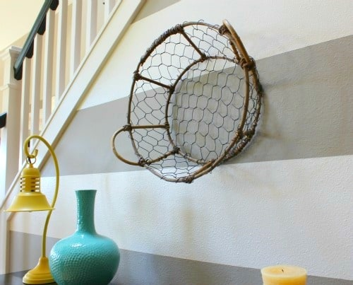 entry-basket-on-wall