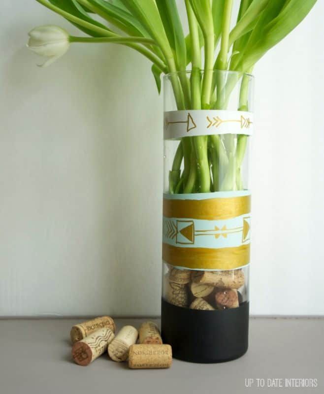 diy-vase-handpainted-design
