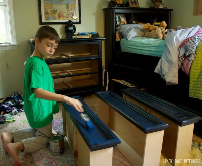 painting-dresser