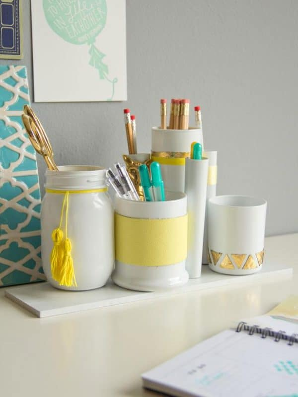 Original_Chelsea-Costa-Desk-Organizers-Beauty1_v_lg