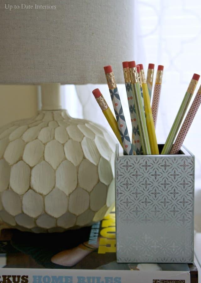 pencils-lamp