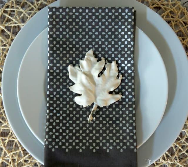 plaster-leaf-plate