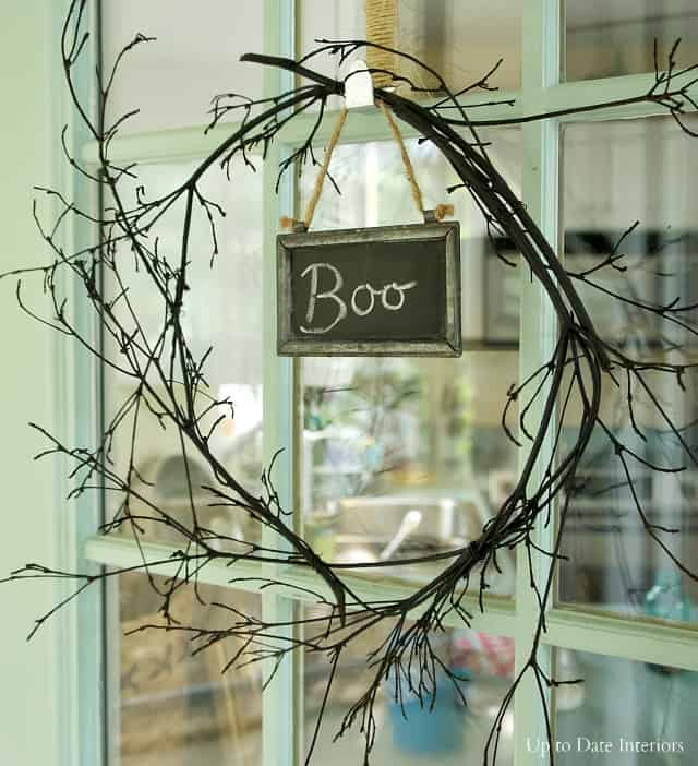 wreath-sticks-boo