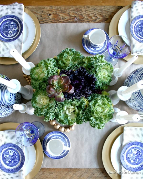 bluewhiteThanksgivingtable_thumb