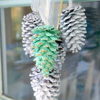 diy pinecone swag in mint white and gold