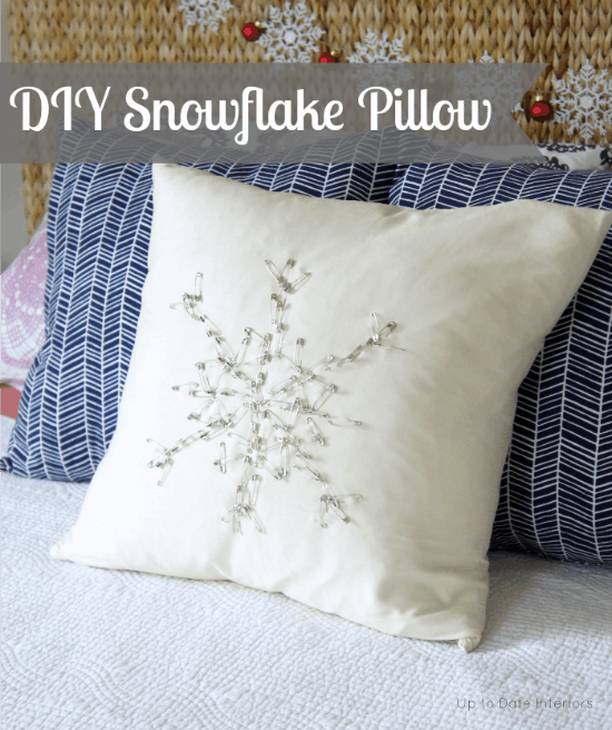snowflake-pillow