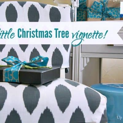 A little Christmas Tree vignette!