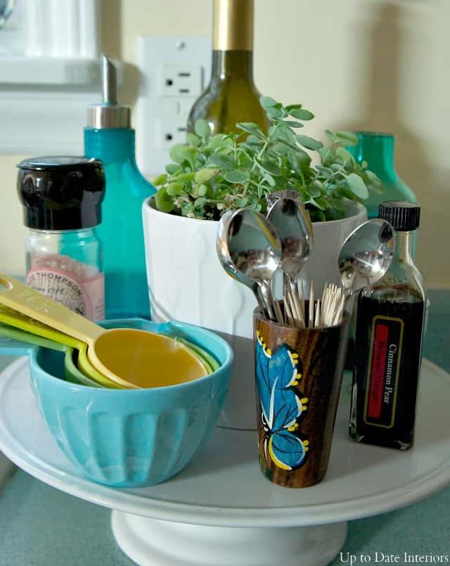 kitchen-cake-stand