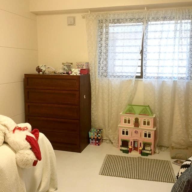 bedroom-window