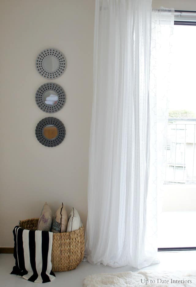 How Hang Curtains Without Putting Holes In The Wall Up