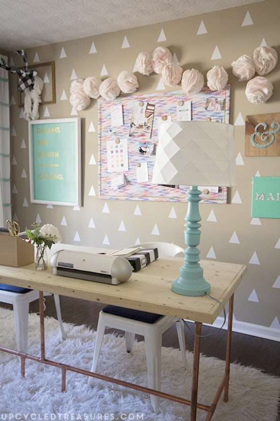 diyers-craft-room-and-creative-workspace-upcycledtreasures-copy