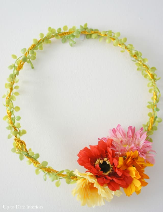 DIY Zinnia Wreath with Dollar Store Supplies