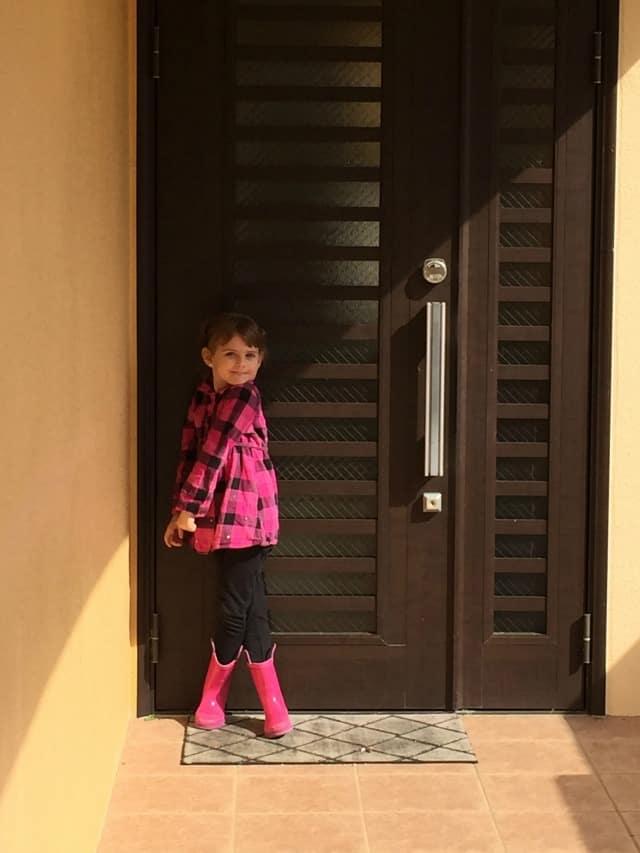 house2-frontdoor