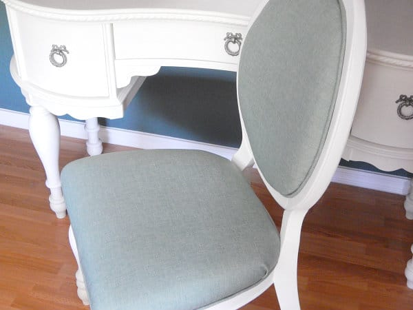 how-to-reupholster-a-chair-i11