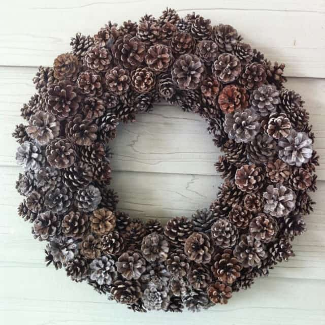 DIY Pinecone wreath with easy steps