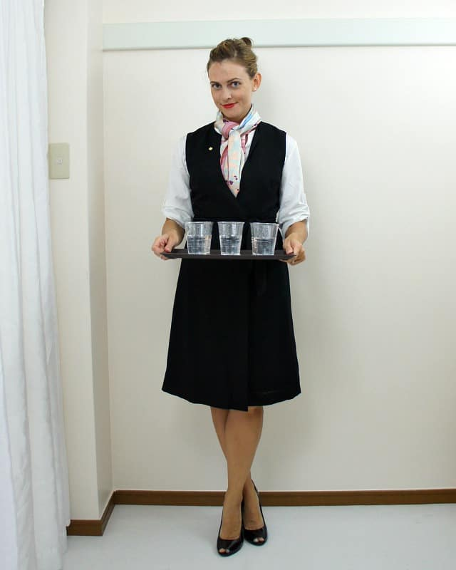 ... easy-flight-attendant-costume  sc 1 st  Up to Date Interiors & costume ideas