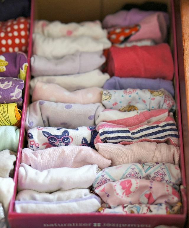 decluttering kids rooms using the konmari method.