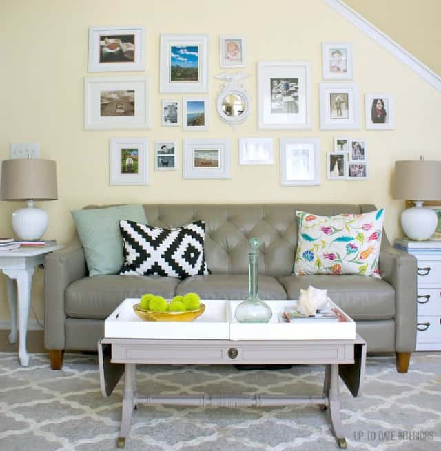 couch-gallery-wall