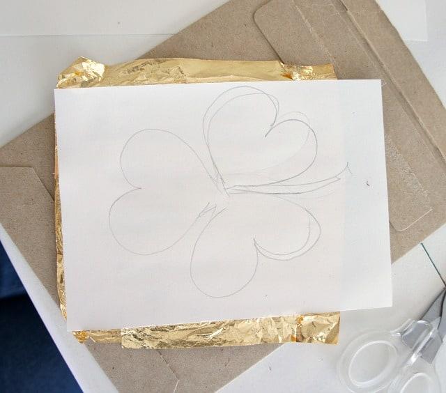 diy gold leaf shamrock