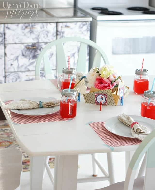 fourth-of-july-table-settings