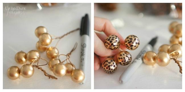 gold-balls-winter-wreath