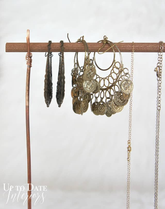 diy wire jewelry stand