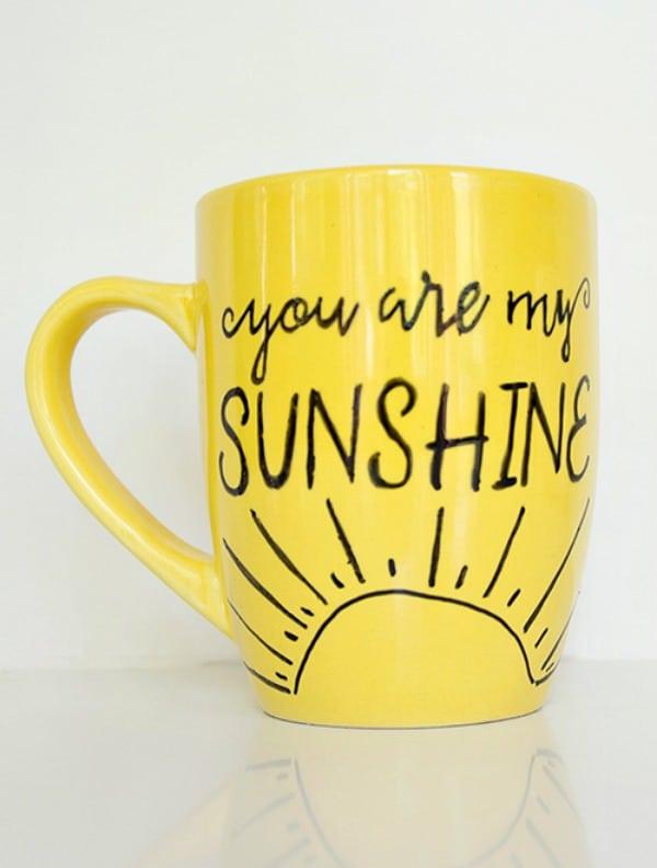 diy-mug-colored-paint-pens-gift-easy