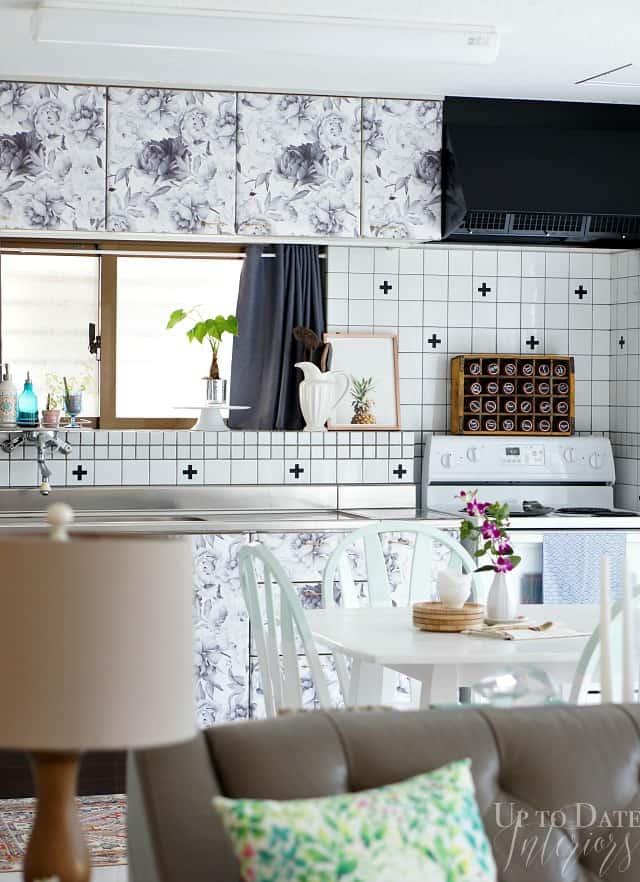 kitchen-living room-floral cabinets rental