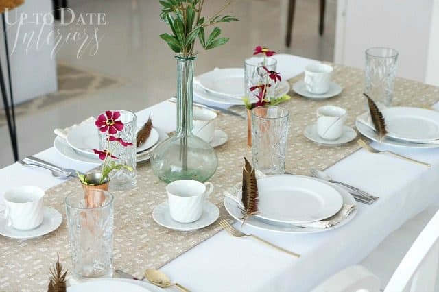 Thanksgiving-table-setting-up