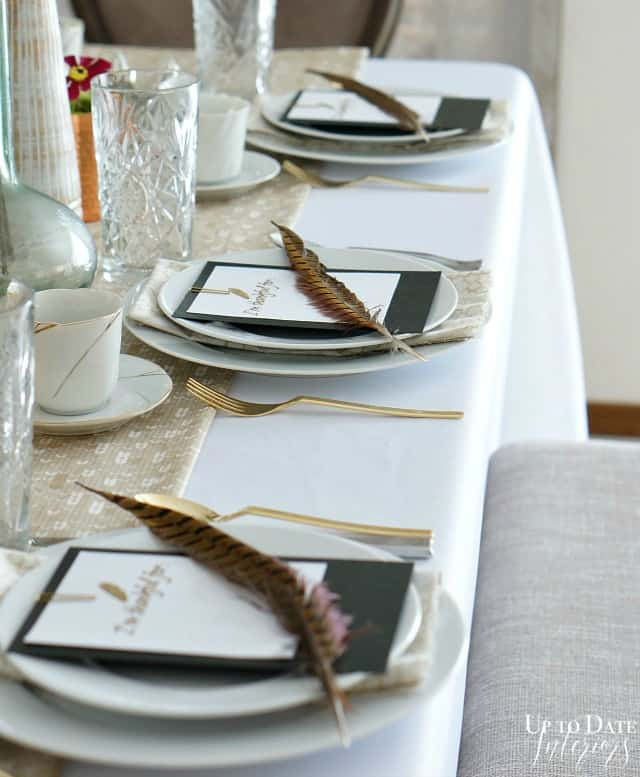 Thanksgiving-table-side-place-setting