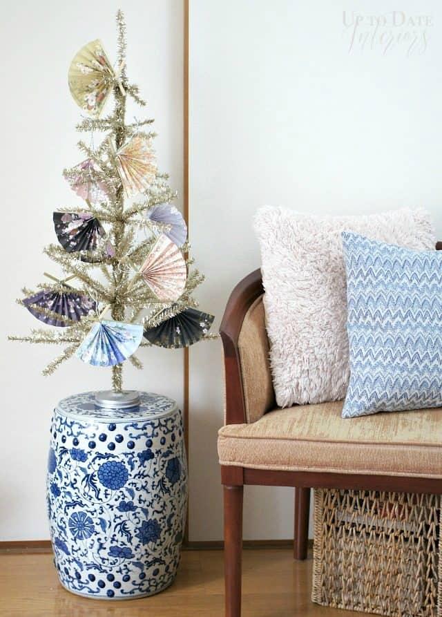 japanese-fan-christmas-tree-diy