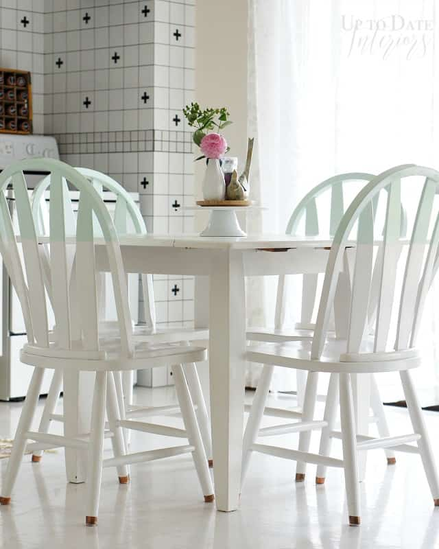 readers favorites renter friendly kitchen table set makeover with colorblocking