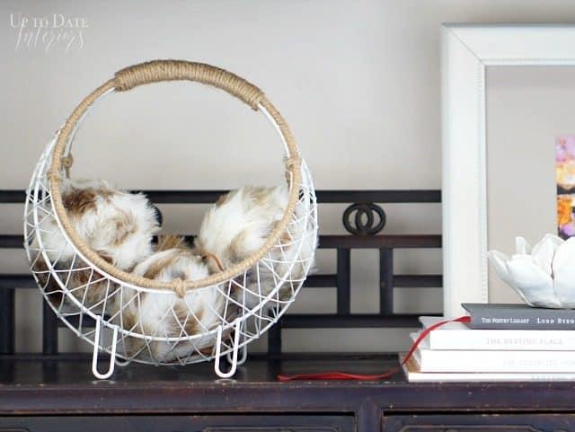 fur ornaments for a winter bookcase