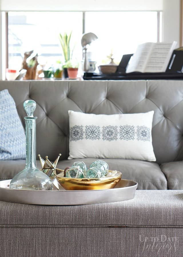 summer coffee table decor eclectic