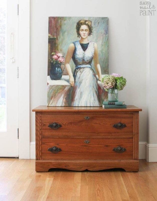Antique-chest-with-oil-painting