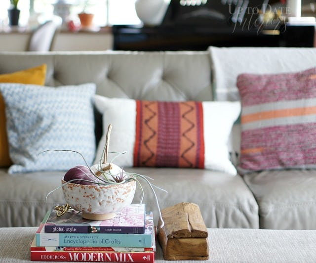 modern eclectic fall decor in a rental