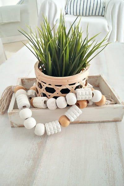 how-to-make-a-wooden-bead-garland-using-a-back-massager-kreativk.net