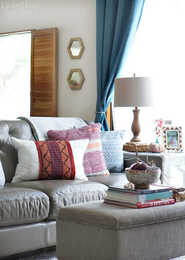 modern fall decor that's renter friendly