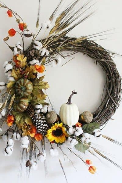 DIY-RUstic-Fall-Grapevine-Wreath-Centsible-Chateau-HMLP-152