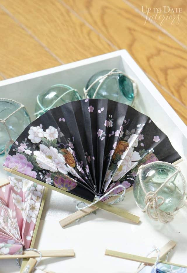 japanese-floral-fan-ornament-paper