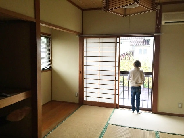 tatami room in japanese house