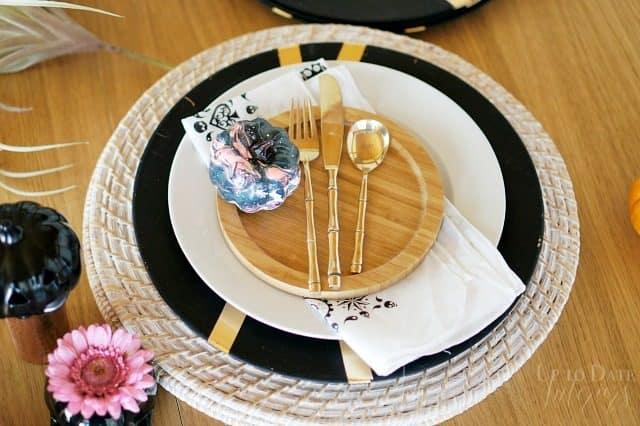 table-setting-steps-halloween