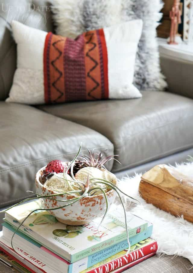 global christmas home tour coffee table decor ideas
