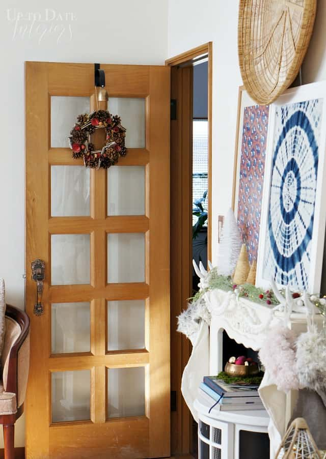 renter friendly eclectic Christmas home tour in a Japanese rental house