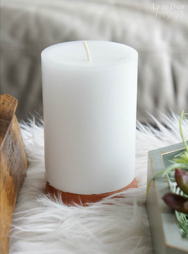 white-candle-advent-wreath